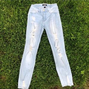 light washed Refuge jeans